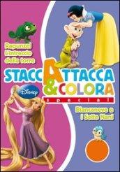 Biancaneve-Rapunzel. Staccattacca e colora special. Con adesivi
